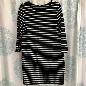 Striped 3/4 sleeve sheath dress!